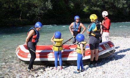 Actief bezig zijn tijdens een avontuurlijke gezinsvakantie
